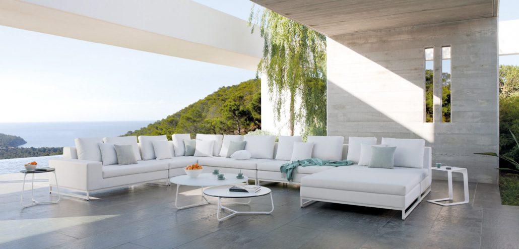 Manutti, exklusive Möbel für den Aussenbereich bei GM-Möbel AG